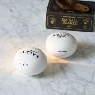 Riviera Maison Salty Salt  Spicy Pepper Set